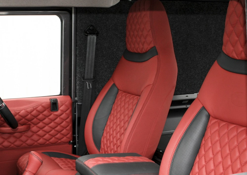 Landrover Defender 90 Xs Koral Red With Quilted Inserts 002 1000
