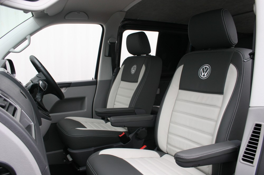 Vw T5 Kombi Van 5 Seat Ash Grey With Portland Grey Inserts And Inner Wings2 1000